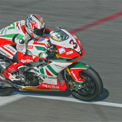 <strong>APRILIA #3  2011 WSBK 2010  MAX BIAGGI</strong>